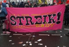 Transparent für den Streik